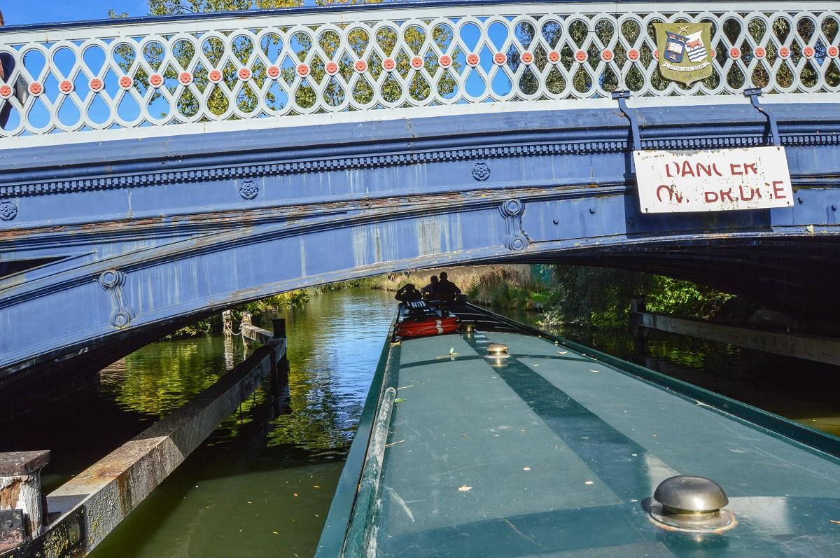 Barka-pod-mostem-Oxford
